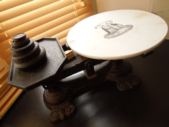Image of a set of old-fashioned kitchen scales
