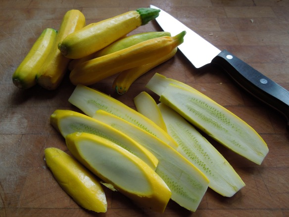 Image of sliced courgettes