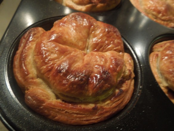 Image of cooked pies in the tin
