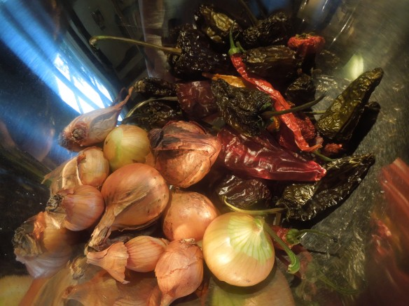 Image of shallots and dried chillies