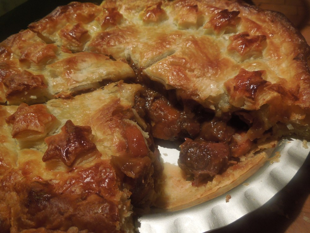 Image of Carbonade Flamande served in a pie