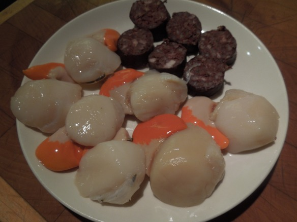 Image of morcilla and scallops