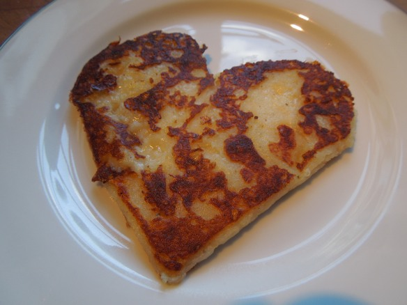 Image of heart-shaped farl, cooked