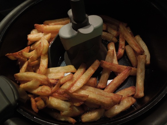 Image of chips in low-fat fryer