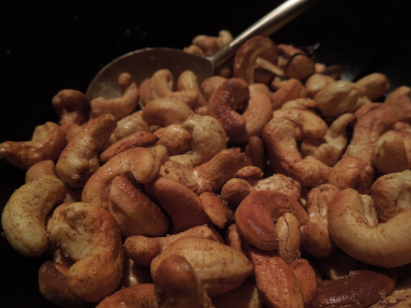 Image of devilled cashew nuts in a bowl