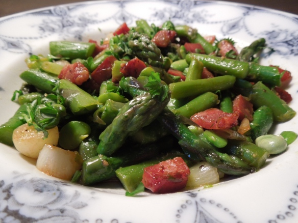 Image of asparagus, broad beans and air-dried ham