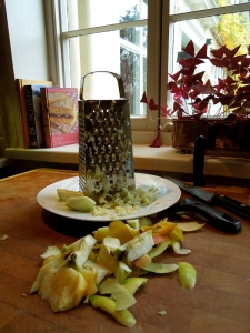 Image of apple being grated