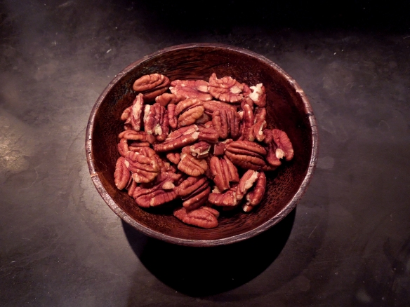Image of a bowl of pecan nuts