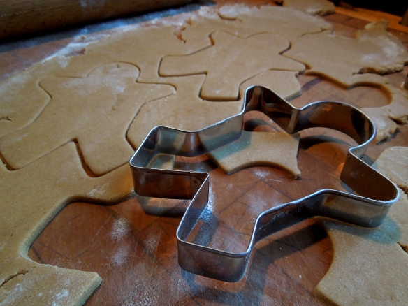 Image of cutting the gingerbread