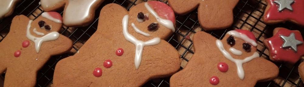 Image of gingerbread snowmen and santas
