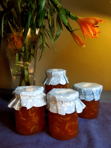 Image of marmalade and flowers
