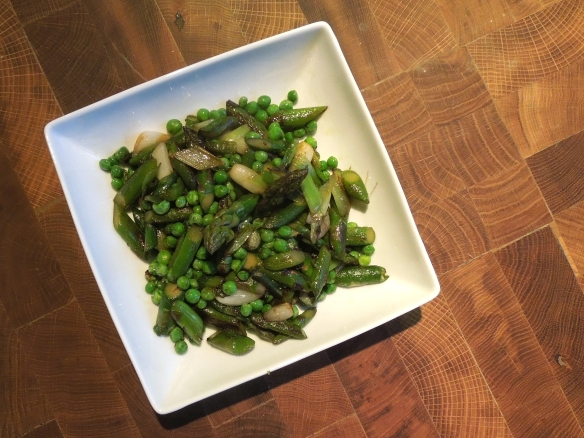 Image of stir-fried asparagus with peas