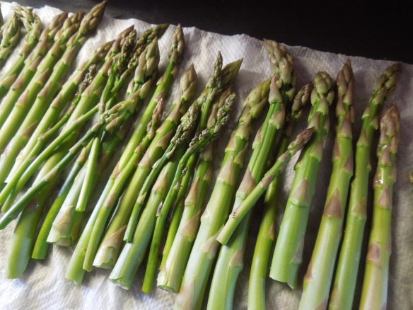Image of washed asparagus