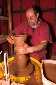 Image of potter Chris Soule