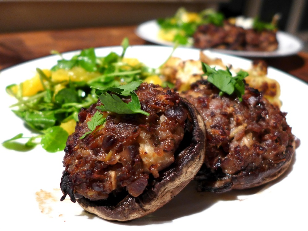 Image of mushrooms stuffed with pork and chestnuts