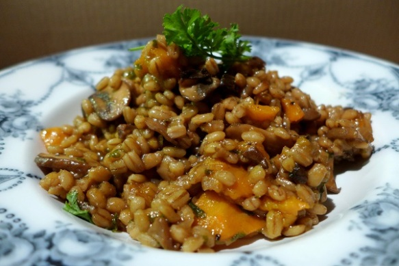 Image of pearl barley risotto with mushrooms, served