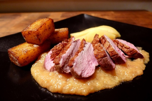Image of duck with quince