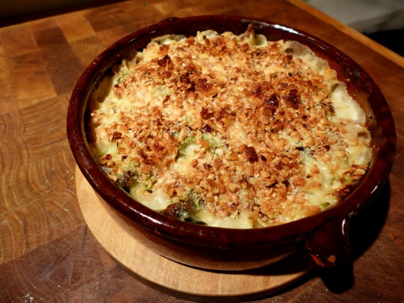 Image of Cauliflower and Broccoli Gratin with Hazelnut Topping