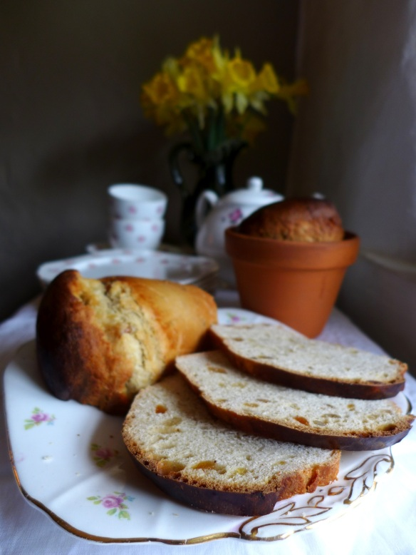 Image of Italian Easter Flower Pot Bread, sliced