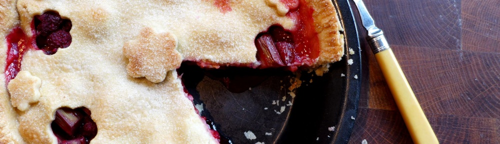 Image of rhubarb and raspberry pie