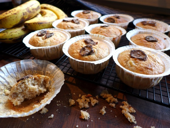 Image of muffins cooling