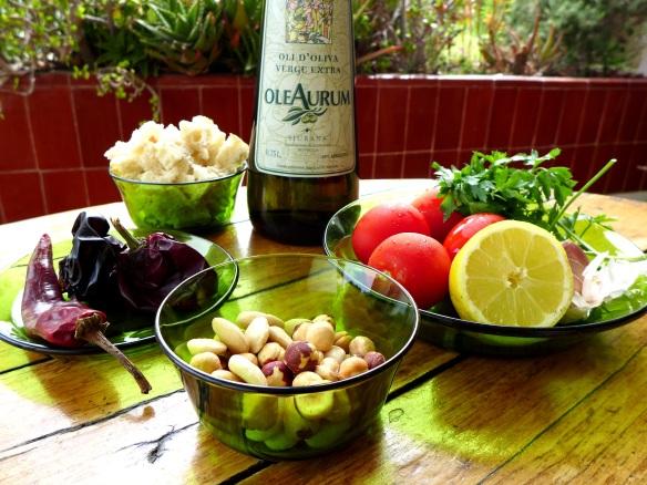 Image of romesco sauce ingredients