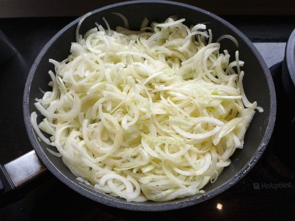 Image of uncooked onions