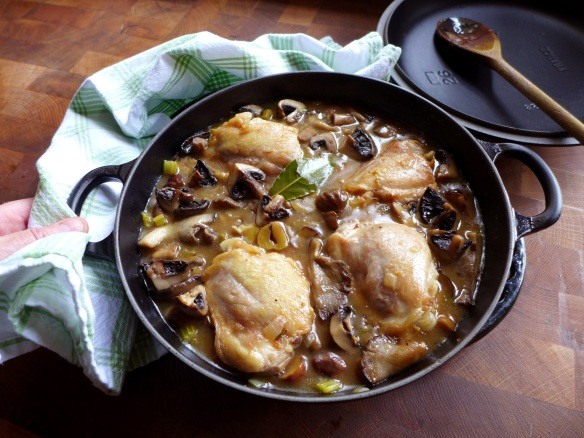 Image of chicken with chestnuts and mushrooms