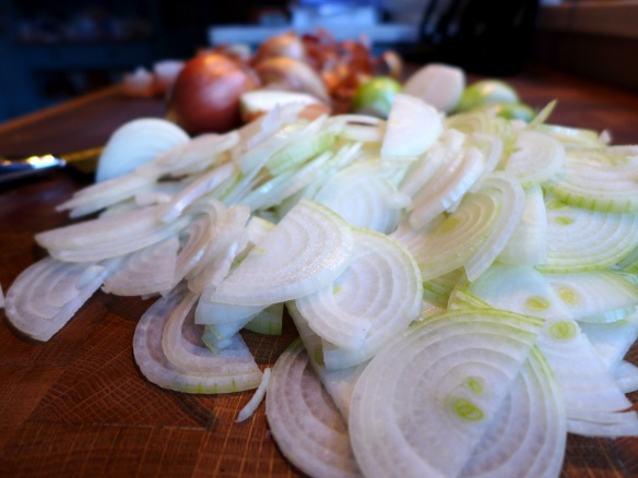 Image of sliced onions