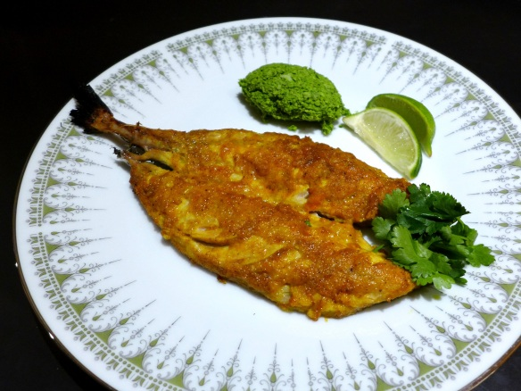 Image of masala mackerel with coconut chutney