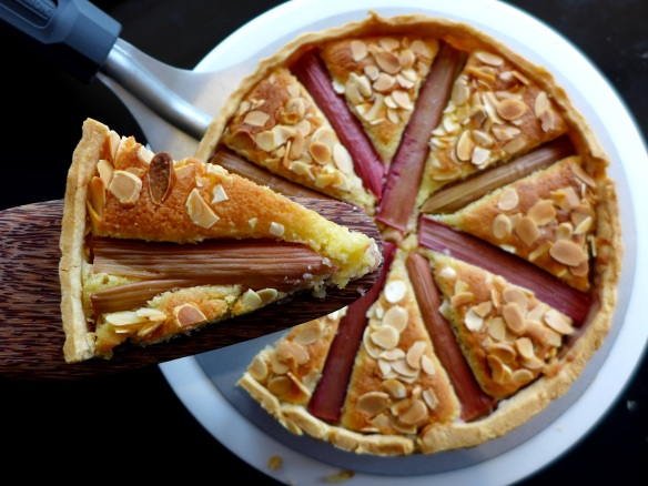 Image of rhubarb Bakewell tart, sliced