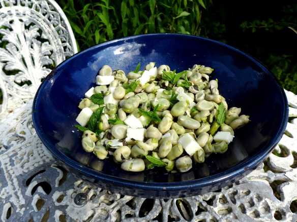 Image of broad bean and goat's cheese salad