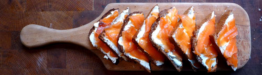 Image of wheaten bread with smoked salmon