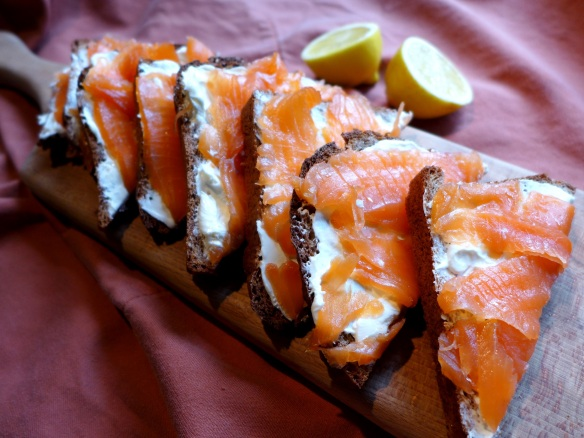 Image of wheaten bread with smoked salmon and cream cheese