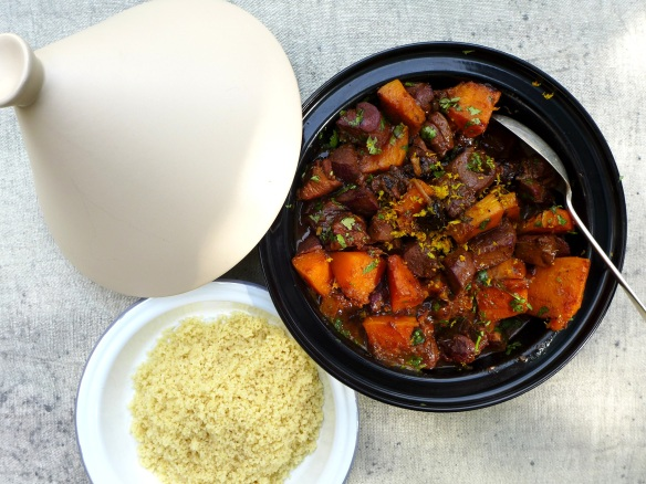 Image of tagine with couscous