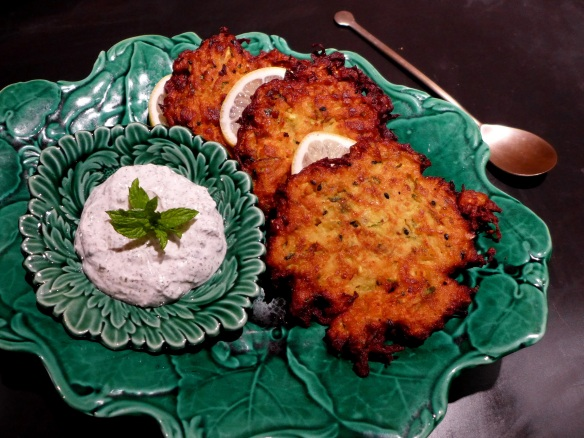 Image of courgette bhajis and minted yoghurt dip