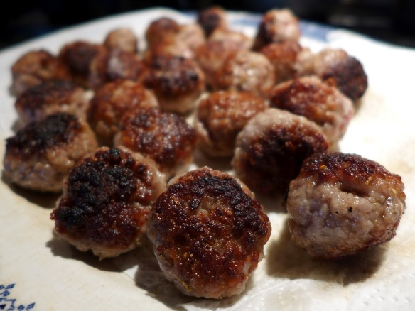 Image of browned meatballs