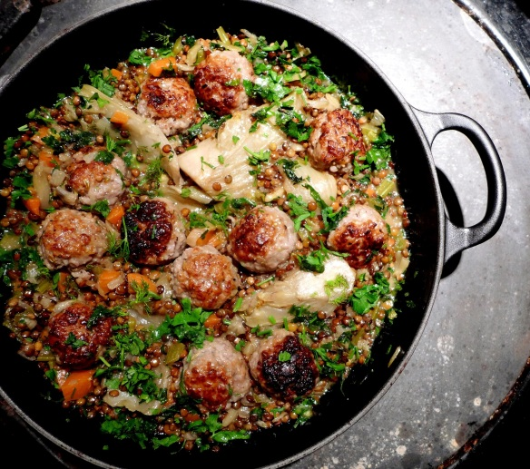 Image of lentils with fennel and meatballs