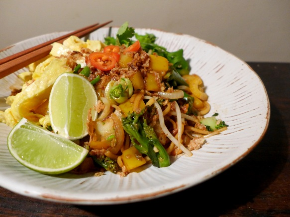 Image of vegetarian mee goreng